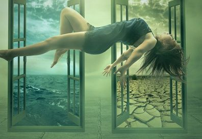 photodune-10481133-levitation-portrait-young-woman-in-her-house-xs-516×273